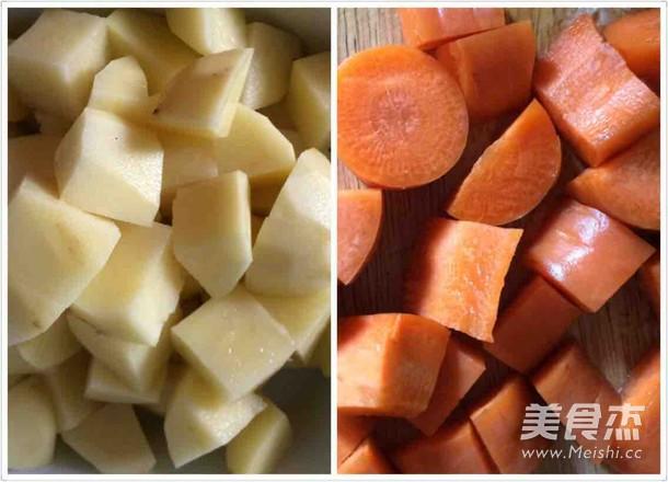 土豆烧牛肉怎么煸