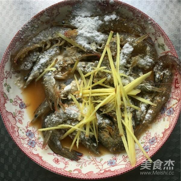 铁板基围虾的家常做法