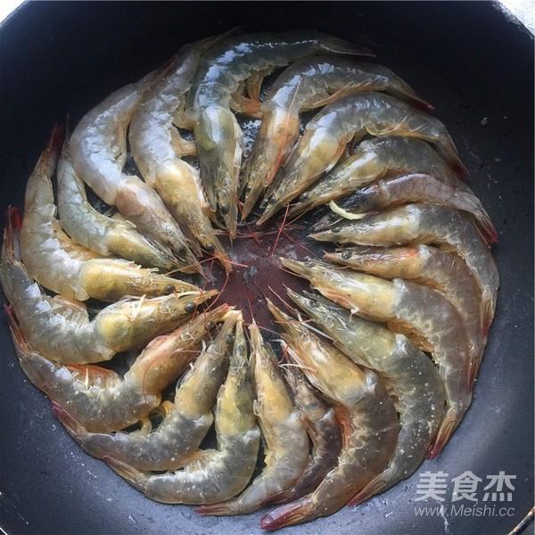 铁板基围虾怎么做