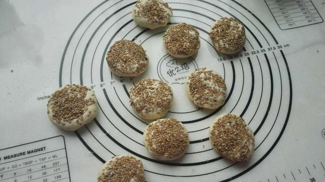 椒盐油酥烧饼的制作