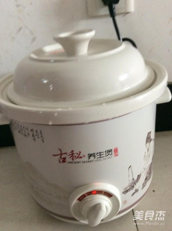 清炖排骨汤的简单做法