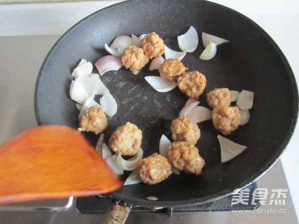 咖喱丸子粉丝煲的家常做法
