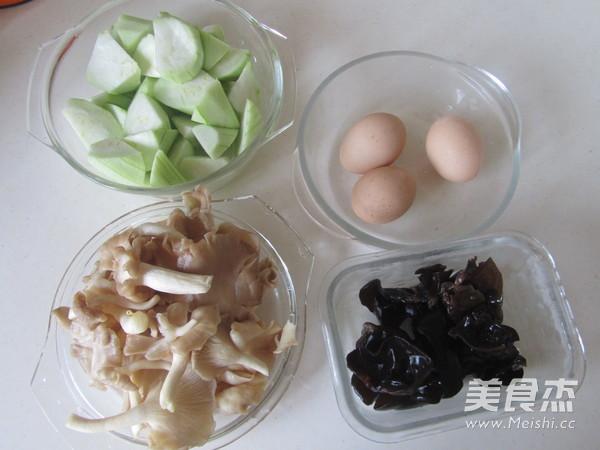 丝瓜蘑菇炒鸡蛋的做法大全