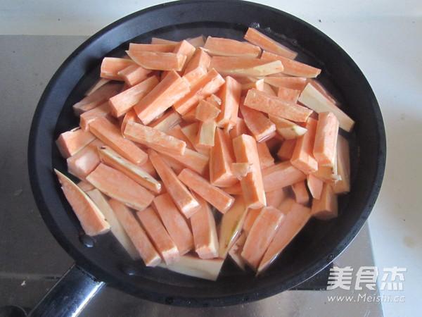 炸薯条的步骤