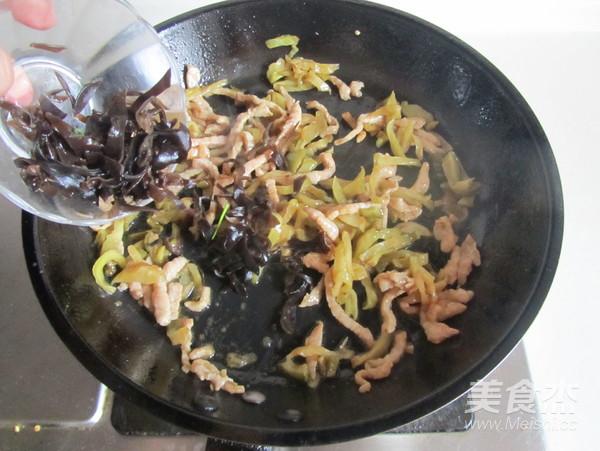 榨菜肉丝米粉怎么做