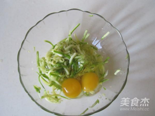 西葫芦鸡蛋饼的简单做法
