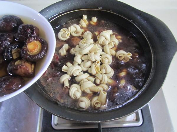 香菇千张结烧排骨怎么炒