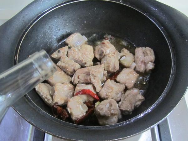 香菇千张结烧排骨的简单做法