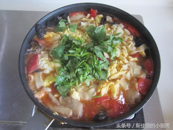 番茄鸡蛋烩玉米面怎样煮