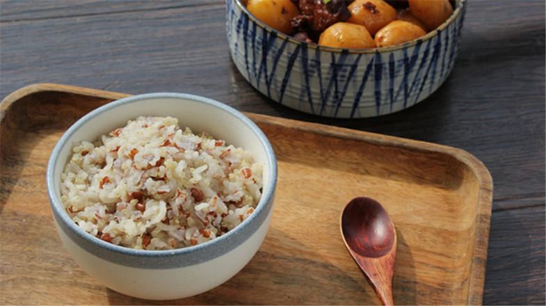 藜麦红米饭的步骤