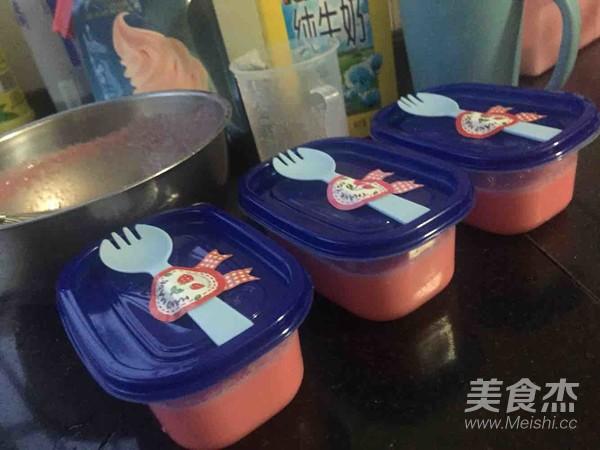 草莓冰淇淋的步骤