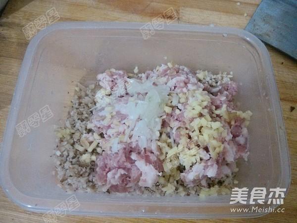油豆腐镶肉的家常做法