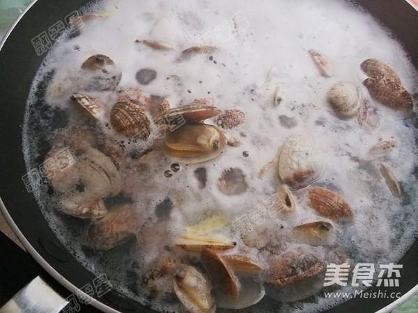 酱爆蛤蜊怎么吃