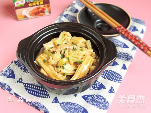 花菜肉片炖腐竹的制作