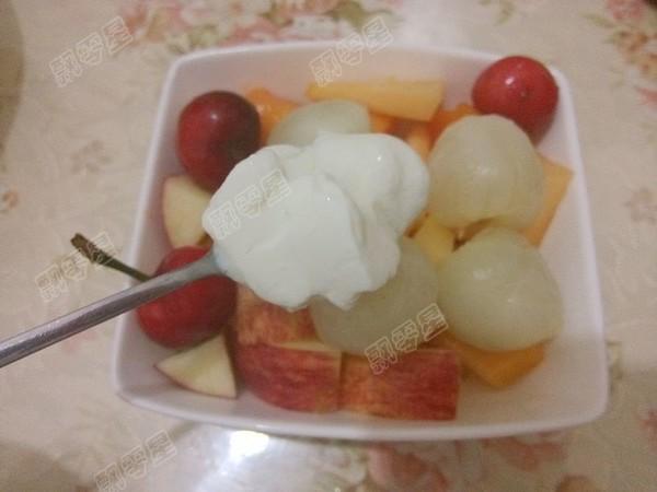 酸奶水果沙拉怎么吃