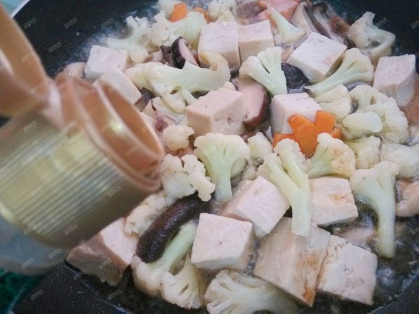 冻豆腐炖花菜怎样炒