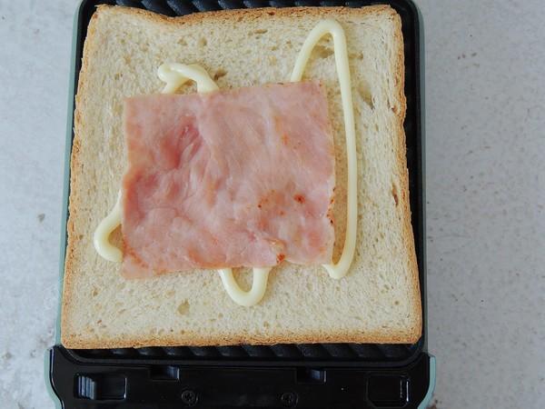 鸡蛋火腿三明治怎么炖