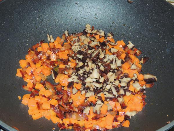 香菇腊肉焖饭怎么吃