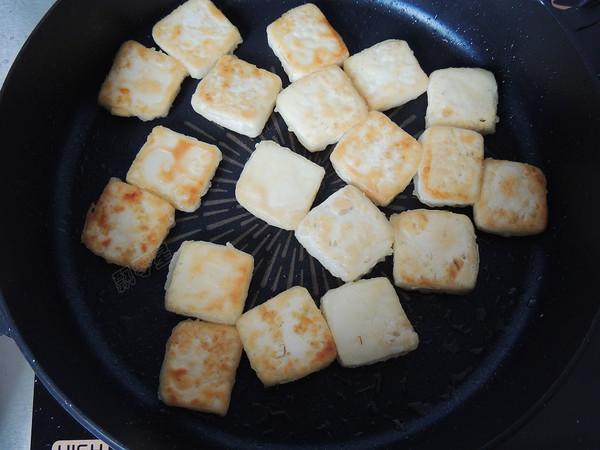 番茄金针豆腐怎么煸