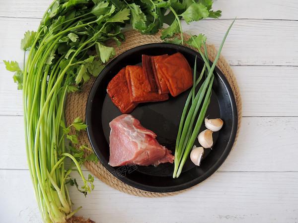 芹菜香干肉丝的做法大全