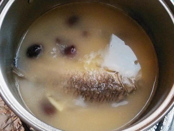 红枣木瓜鲫鱼汤怎么做