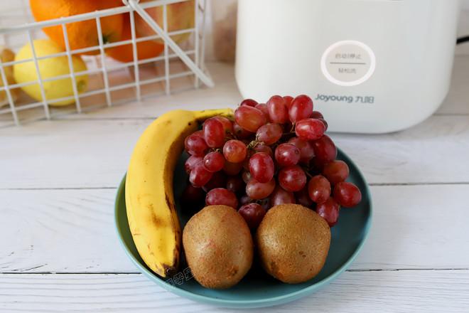 香蕉葡萄猕猴桃汁的做法大全