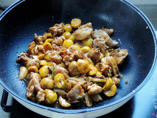 酱焖板栗鸡腿怎么煮