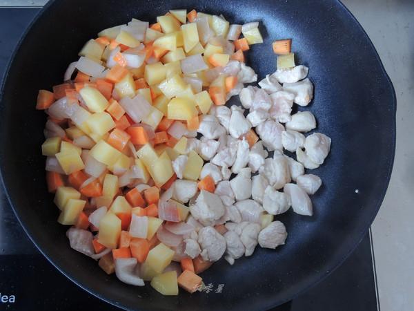 咖喱蛋包饭的简单做法