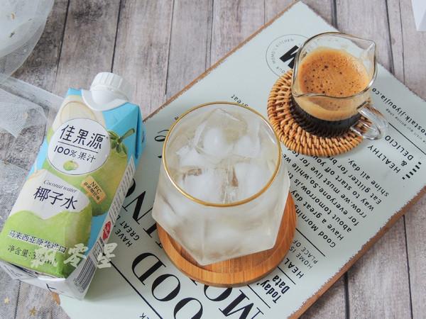 椰子水冰摇咖啡怎么做