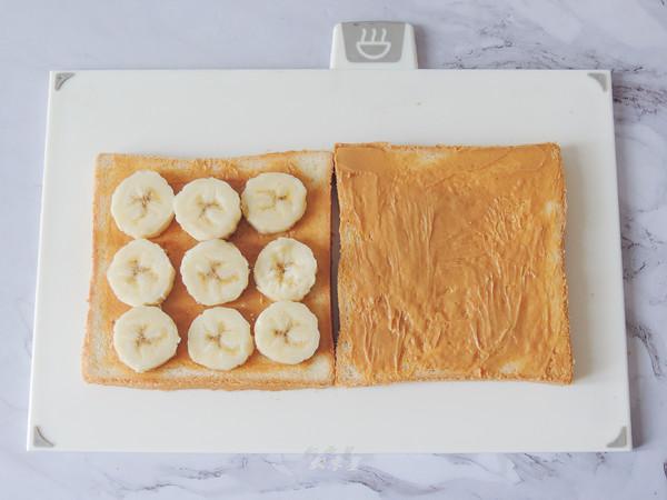 #最美不过中秋味#花生酱香蕉三明治的做法图解