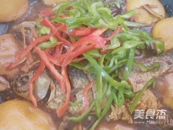 铁锅炖鱼贴饼子的做法大全