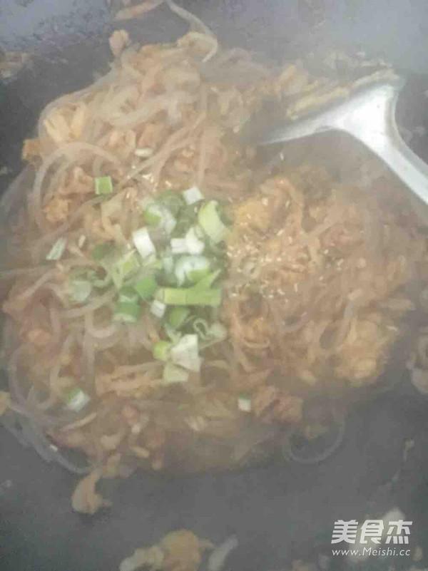 东北菜 酸菜炒粉条的家常做法