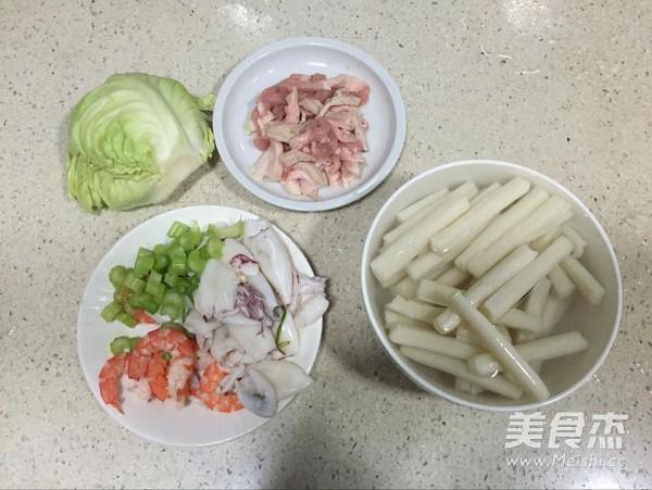鲜鱿虾仁炒年糕的做法大全