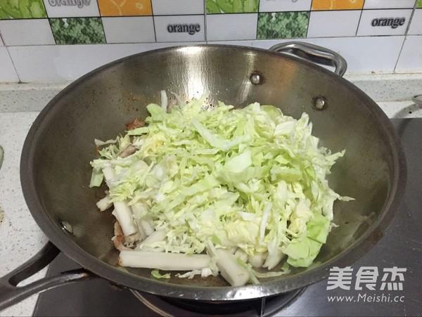 鲜鱿虾仁炒年糕的简单做法