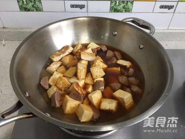牛肉丸焖豆腐怎么做
