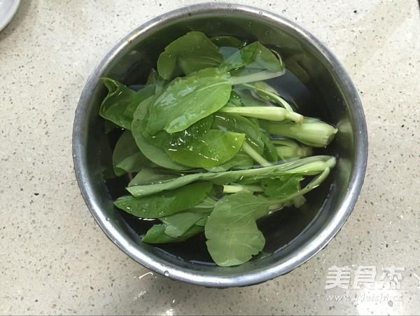 虾丸青菜汤饭的简单做法