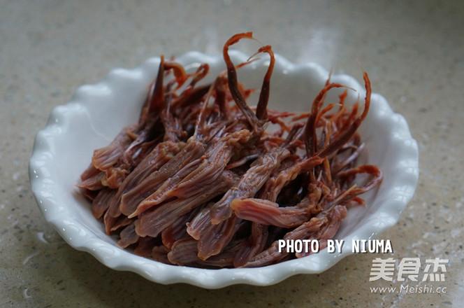 葱姜蒸鸭舌的家常做法