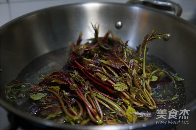 香椿煎土豆的做法图解