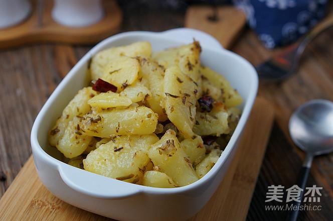香椿煎土豆怎么煮