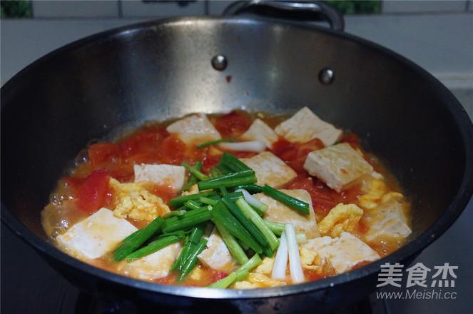 番茄鸡蛋焖豆腐怎么炒