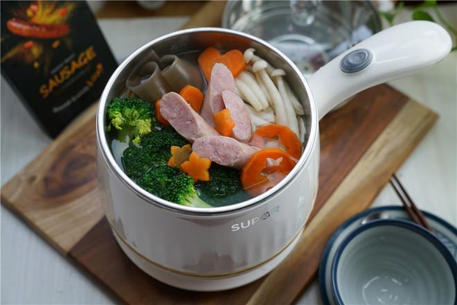 时蔬香肠暖锅怎么煮