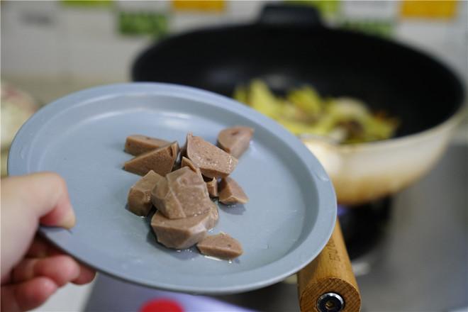 香菇土豆煮肉丸的简单做法