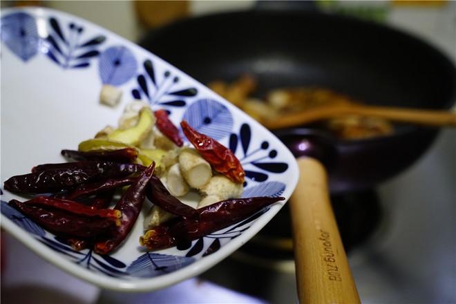 洋葱香菇五花肉怎么吃