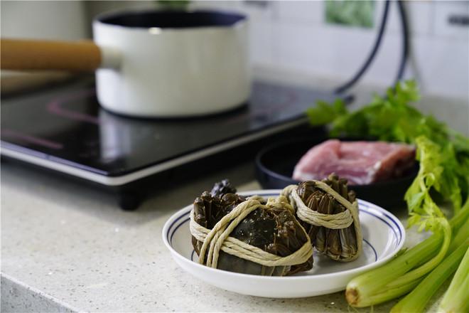 大葱肉片烧闸蟹的做法大全