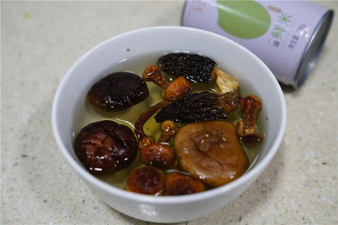 咸肉干贝鲜粥的家常做法