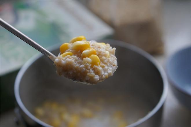 牛奶玉米燕麦粥怎么炒