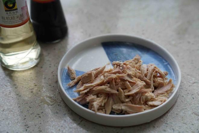油鸡鲜蔬火锅怎么煮