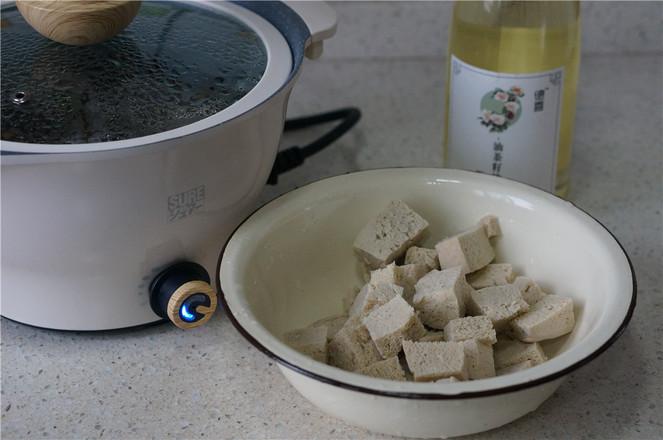 香菇冻豆腐焖牛肉丸怎么吃