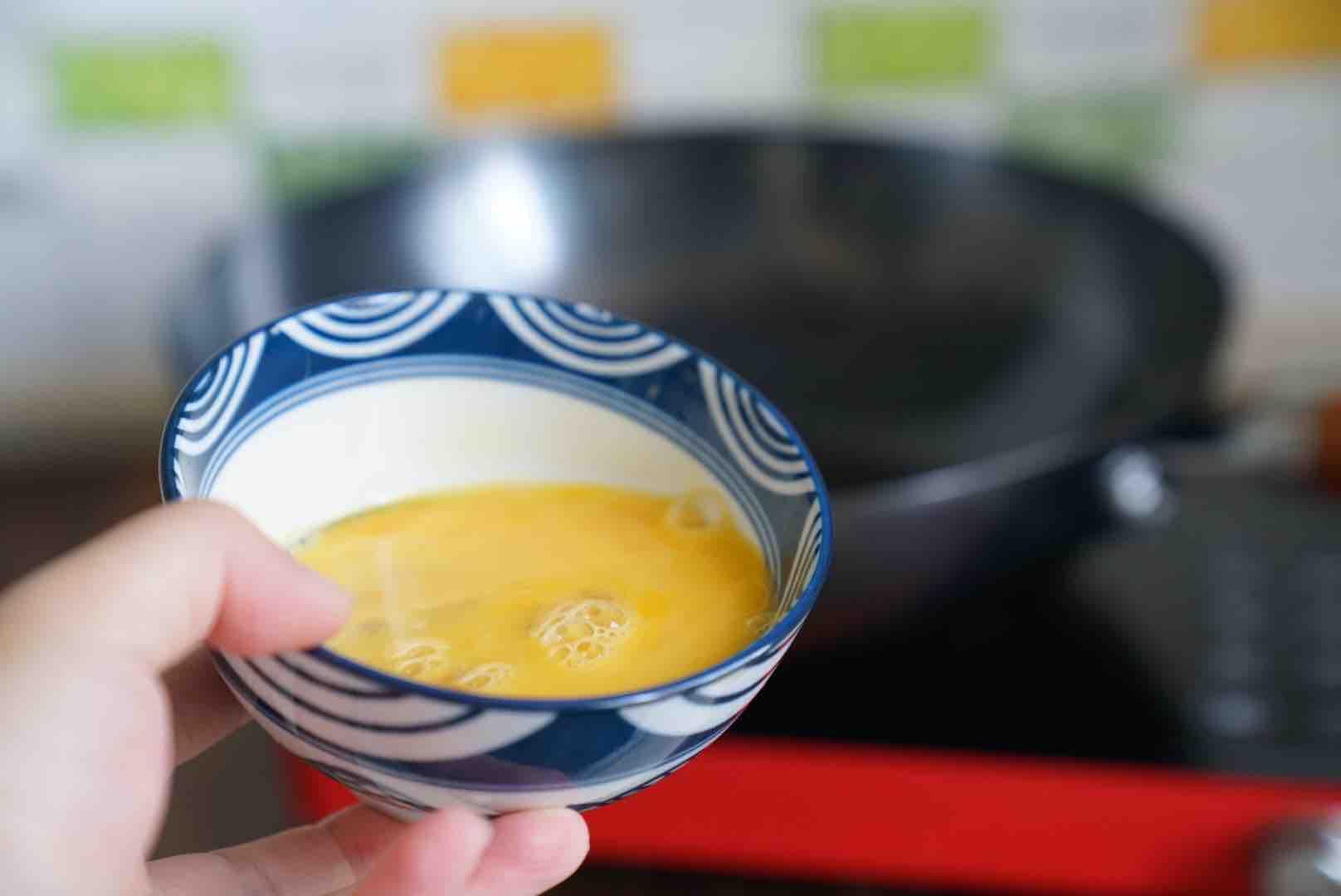 牛肉鸡蛋炒粉的家常做法