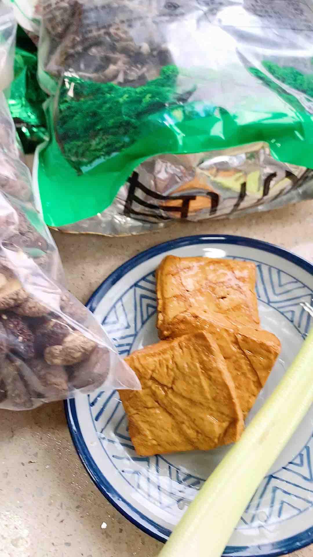 五香豆干炒木耳的做法大全